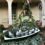 """Christmas Crab Compost:"" a Bay-Inspired Green Gift"