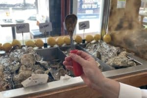 VIDEO: How to Shuck Oysters at Home in 5 Easy Steps