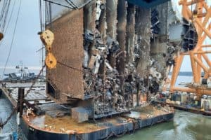 Shipwreck Removal Begins 1 Year after Baltimore-Bound Auto Carrier Capsized