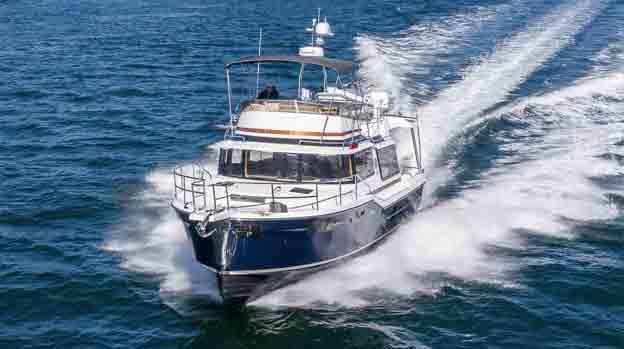 Boat Review: Ranger Tug R-43 at Pocket Yacht Company